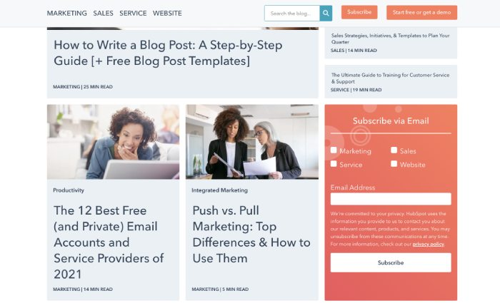 example of foot-in-the-door technique from HubSpot. It asks visitors to subscribe via email so it can later ask for bigger request.